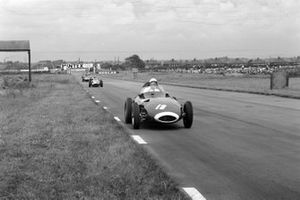 Stirling Moss, Vanwall; Tony Brooks, Vanwall and Jean Behra, Maserati