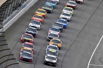 William Byron, Hendrick Motorsports, Chevrolet Camaro Liberty University, Kevin Harvick, Stewart-Haas Racing, Ford Mustang Jimmy John's