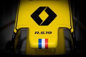 Renault F1 Team R.S. 19 neus detail