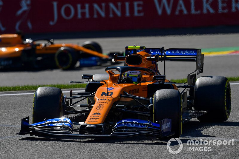 Lance Stroll, Racing Point RP19, Carlos Sainz Jr., McLaren MCL34