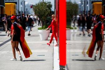 Fan on Sebastian Vettel, Ferrari in the paddock