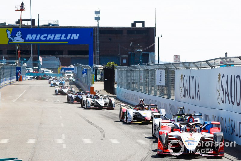 Pascal Wehrlein, Mahindra Racing, M5 Electro Alexander Sims, BMW I Andretti Motorsports, BMW iFE.18, Daniel Abt, Audi Sport ABT Schaeffler, Audi e-tron FE05