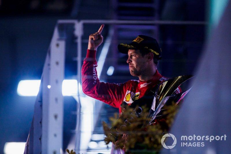 Podio: ganador Sebastian Vettel, Ferrari, celebra