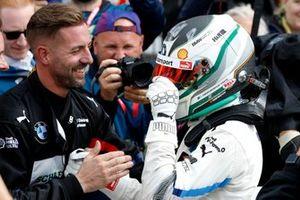 Победитель Марко Виттман, BMW Team RMG