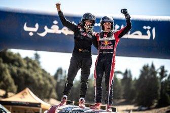 Winners #307 Toyota Gazoo Racing Toyota Hilux: Giniel de Villiers, Alex Haro
