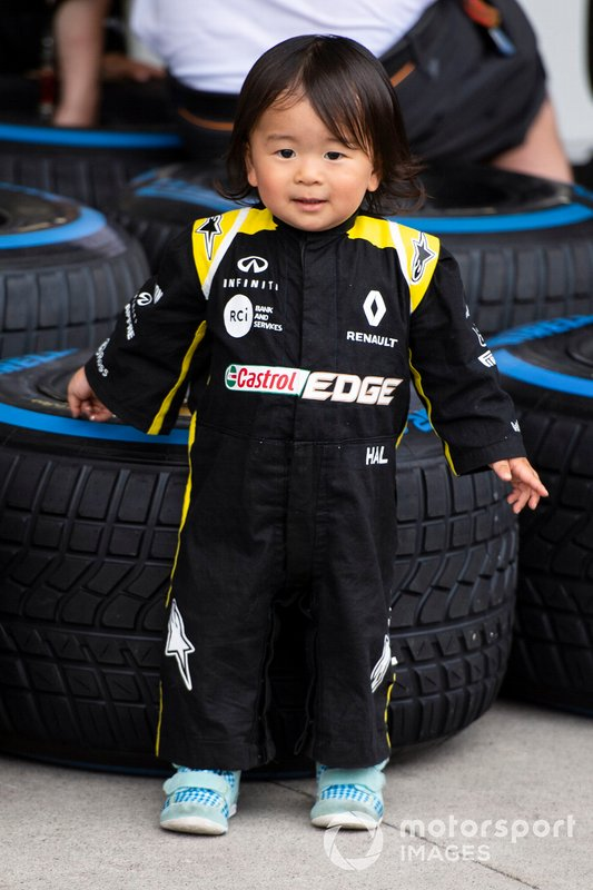 Young fan with Pirelli tyres