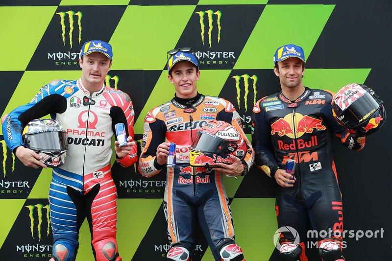 Ganador de la pole Marc Márquez, Repsol Honda Team, segundo clasificado Jack Miller, Pramac Racing, tercer clasificado Johann Zarco, Red Bull KTM Factory Racing