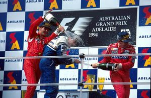 Podium: second place Gerhard Berger, Ferrari, Race winner Nigel Mansell, Williams and third place Martin Brundle, McLaren