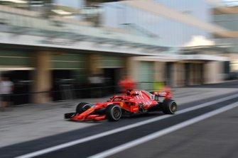 Charles Leclerc, Ferrari SF71H with missing sidepod bodywork