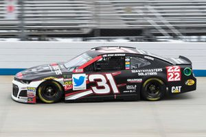 Ryan Newman, Richard Childress Racing, Chevrolet Camaro Waste Masters Solutions / 22 in 22
