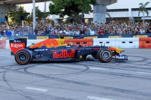 Patrick Friesacher im Red Bull RB7