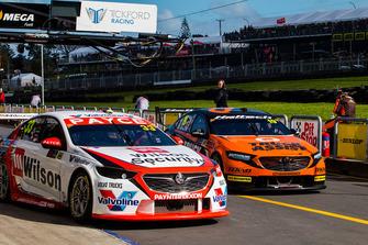 Гарт Тандер, Garry Rogers Motorsport, Holden ZB Commodore