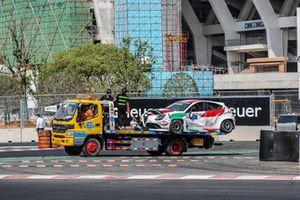 Fabrizio Giovanardi, Team Mulsanne Alfa Romeo Giulietta TCR na de crash