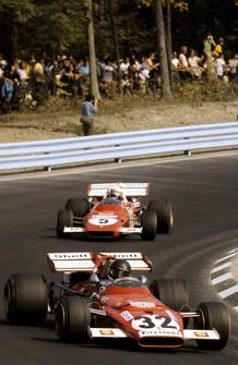 Jacky Ickx, Ferrari 312B, delante de su compañero, Clay Regazzoni, Ferrari 312B2