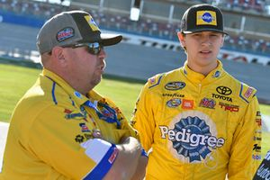 Todd Gilliland, Kyle Busch Motorsports, Toyota Tundra Pedigree Puppy and Marcus Richmond II