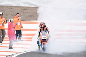 Augusto Fernandez, Pons HP40, fait un burn