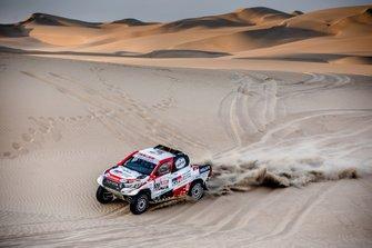 Бернхард тен Бринке и Ксавье Пансери, Toyota Gazoo Racing SA, Toyota Hilux (№309)