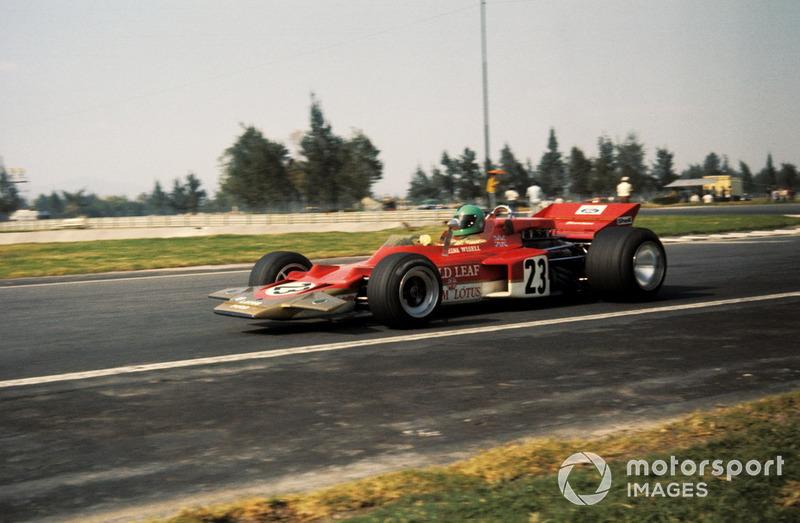 Когда команды приехали на второй этап сезона-1970 на испанскую трассу «Харама» близ Мадрида, главной сенсацией стал дебют Lotus 72. Создатель машины Колин Чепмен использовал сразу несколько революционных решений, главным из которых стал перенос радиаторов в боковые понтоны