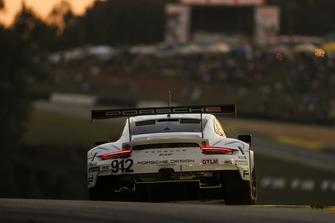 #912 Porsche Team North America Porsche 911 RSR, GTLM: Laurens Vanthoor, Earl Bamber, Mathieu Jaminet