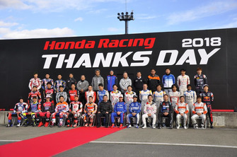 Participating rider & driver group photo