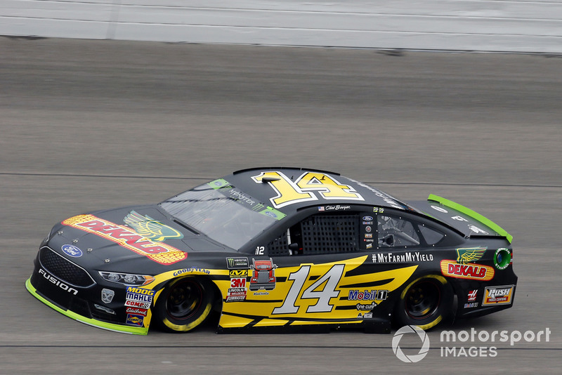 14. Clint Bowyer, Stewart-Haas Racing, Ford Fusion Dekalb
