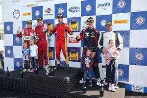 Podio GT3 Light gara 2, Matteo Davenia (Easy Race,Ferrari 458 Italia-GT3 Light #81), Mann-Cressoni (AF Corsei,Ferrari 458 Italia -GT3 Light #91), Magnoni-Marchetti (Nuova Race,Audi R8 LMS-GT3 Light #98)