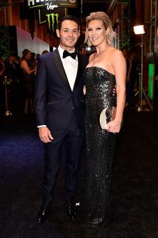Kyle Larson, Chip Ganassi Racing con la moglie Katelyn