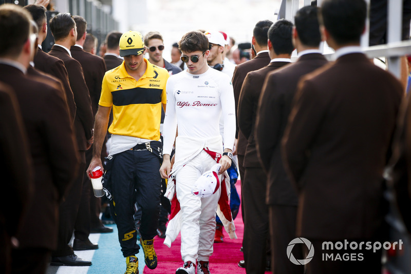 Carlos Sainz Jr., Renault Sport F1 Team and Charles Leclerc, Sauber