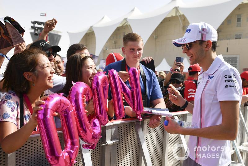 Esteban Ocon, Racing Point Force India con i tifosi