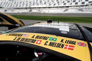 #57 Meyer Shank Racing w/ Curb-Agajanian Acura NSX GT3, GTD: Jackie Heinricher, Katherine Legge, Ana Beatriz, Simona De Silvestro, Christina Nielsen