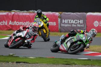 #11 Kawasaki Team GREEN, #21 YAMAHA FACTORY RACING TEAM