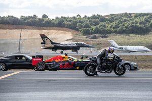 Kenan Sofuoğlu, Red Bull F1 aracı ve F16 uçağına karşı
