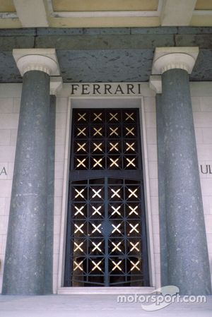 Modena 1988, la tomba della Famiglia Ferrari