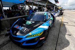 #57 Heinricher Racing w/MSR Curb-Agajanian Acura NSX GT3, GTD: Trent Hindman, Misha Goikhberg, Joey Hand