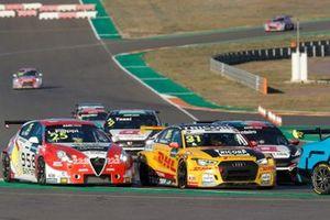 Luca Filippi, Mulsanne Alfa Romeo Giulietta TCR, Tom Coronel, Comtoyou DHL Team Audi Sport Audi RS3 LMS