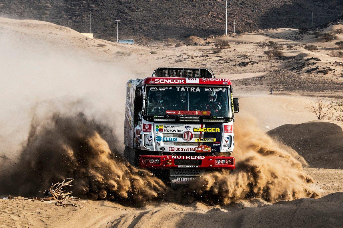 #514 Tatra Buggyra Racing: Martin Soltys, David Schovanek, TomᚠŠikolaz