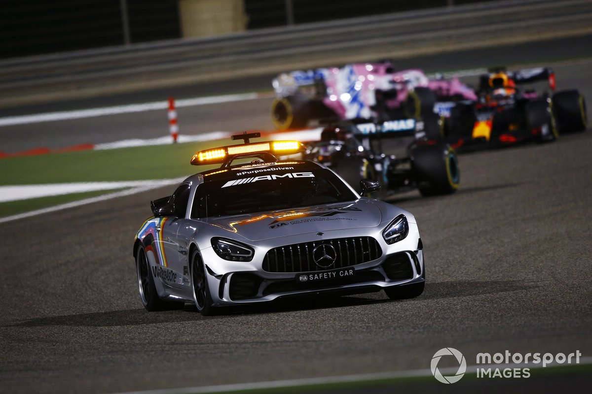 Safety Car Lewis Hamilton, Mercedes F1 W11, Max Verstappen, Red Bull Racing RB16, Sergio Pérez, Racing Point RP20