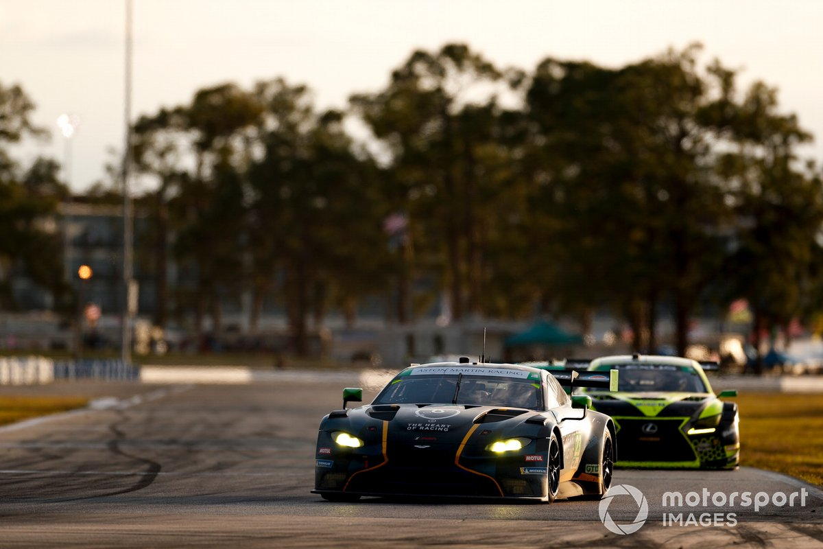 #23 Heart of Racing Team Aston Martin Vantage GT3, GTD: Ian James, Ross Gunn, Roman De Angelis