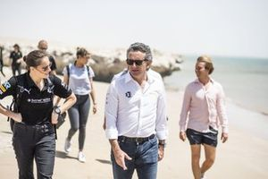 Molly Taylor, Rosberg X Racing, met Alejandro Agag, CEO, Extreme E
