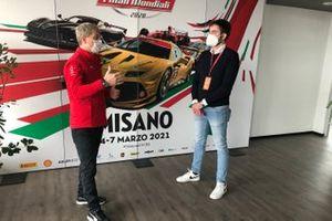 Antonello Coletta, responsabile Competizioni GT e Corse Clienti Ferrari e Marco Congiu, giornalista e responsabile video di Motorsport.com Italia