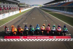 Gruppenfoto: Bikes aller Teams für die MotoGP-Saison 2021