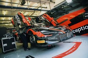 #72 Inception Racing with Optimum, McLaren 720S GT3: Brendan Iribe, Ollie Millroy, Nick Moss, Joe Osborne