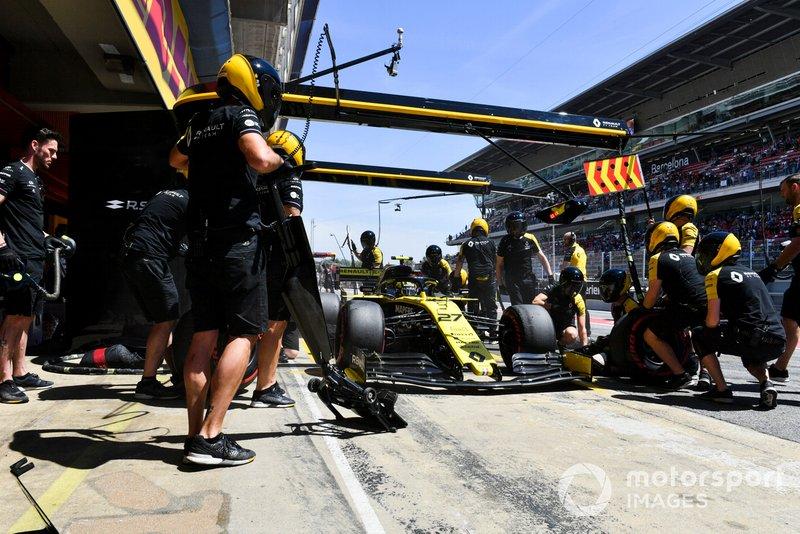 Pitlane start: Nico Hulkenberg, Renault R.S. 19, 1'18.404