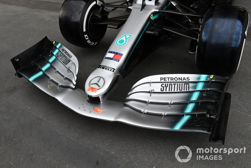 Front wing of Mercedes AMG W10