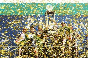 #7 Toyota Gazoo Racing Toyota TS050: Mike Conway, Jose Maria Lopez, Kamui Kobayashi and #8 Toyota Gazoo Racing Toyota TS050: Sébastien Buemi, Kazuki Nakajima, Fernando Alonso on the podium