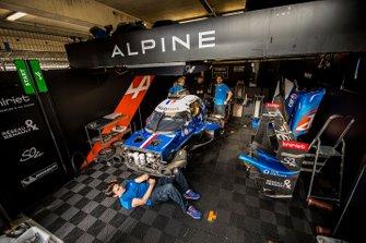 Автомобиль Alpine A470 (№36) команды Signatech Alpine Matmut