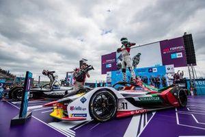 Lucas Di Grassi, Audi Sport ABT Schaeffler, 1st position, celebrates victory