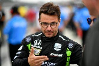 Oriol Servia, Arrow Schmidt Peterson Motorsports Honda durante la competencia en boxes