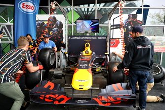 Red Bull Pit Stop Challenge winners in action in Montreal