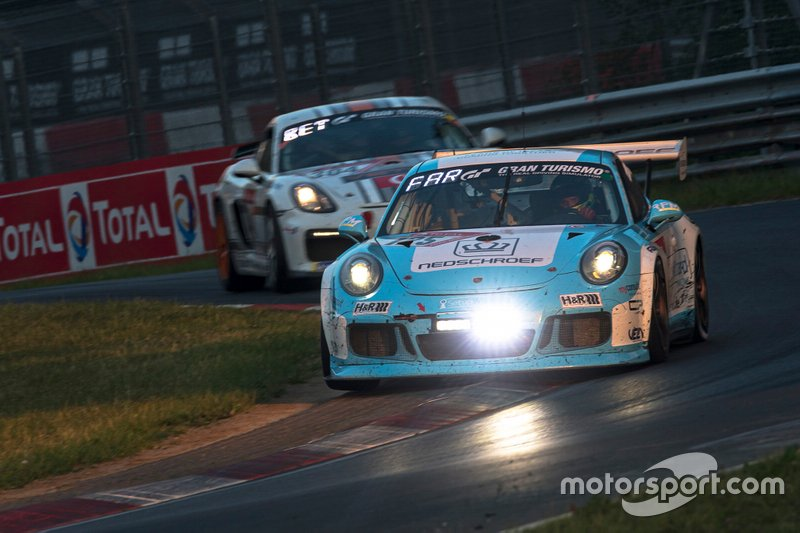 #125 SetupWizzard Racing Porsche 991 GT3 Cup: Dr. Michael Czyborra, Dr. M. Hüttenrauch, Hannes Plesse, Mario Farnbacher